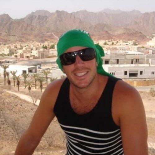 Daniel Tolson - Business Coach - 2007 - Relaxing in Dubai